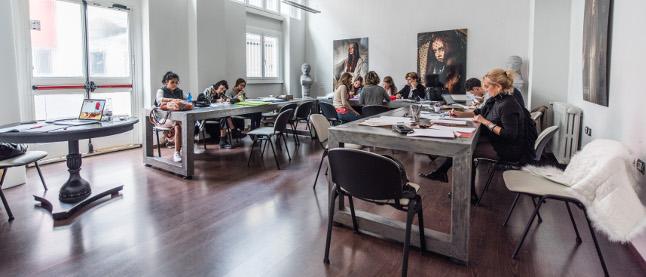 Accademia del lusso school of fashion design for Accademia fashion design milano